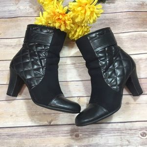 Aerosoles A2 Black Quilted Short Black Boots 7.5
